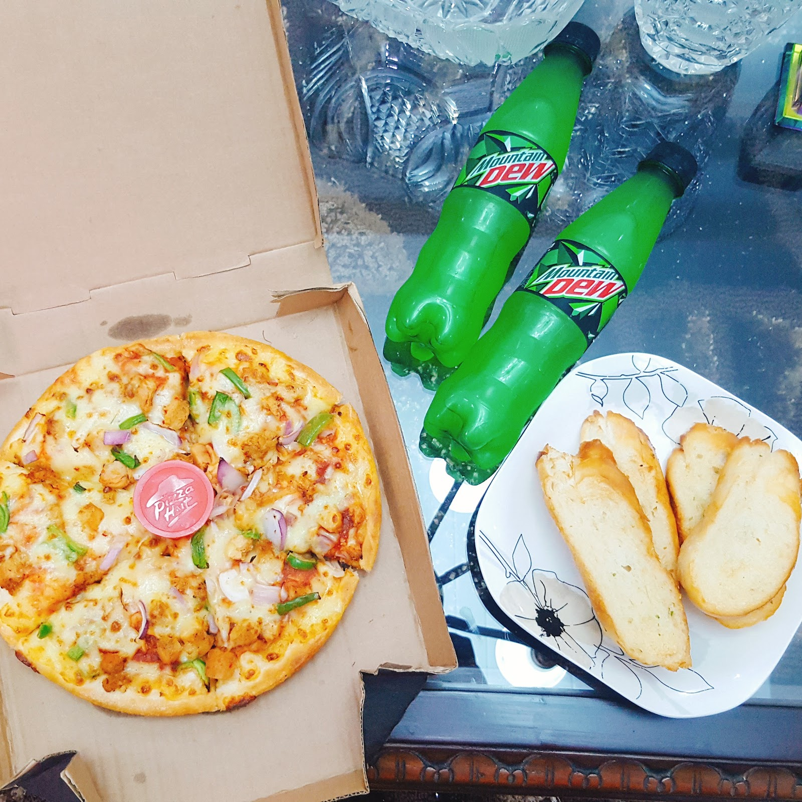 Pizza Hut Wow Deal Review Beautorgeous World
