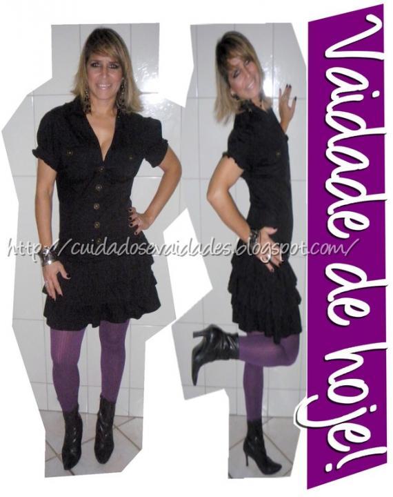 Mini Vestido preto com meia calça roxo