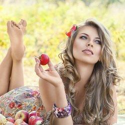 Masques visage à la pomme pour les peaux sèches