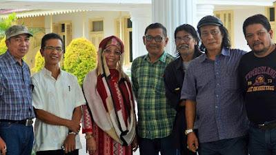 HPN 2018 Undang Wartawan Se-Indonesia Terbitkan Buku 'Wartawan Juga Penyair