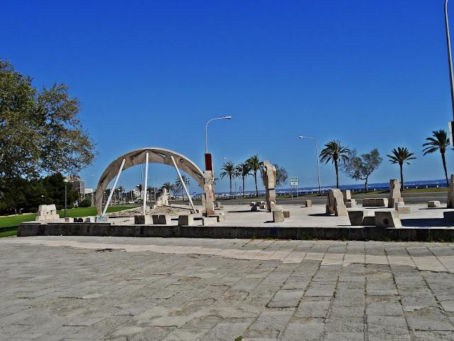 okolice katedry Palma de Mallorca co zobaczyć?