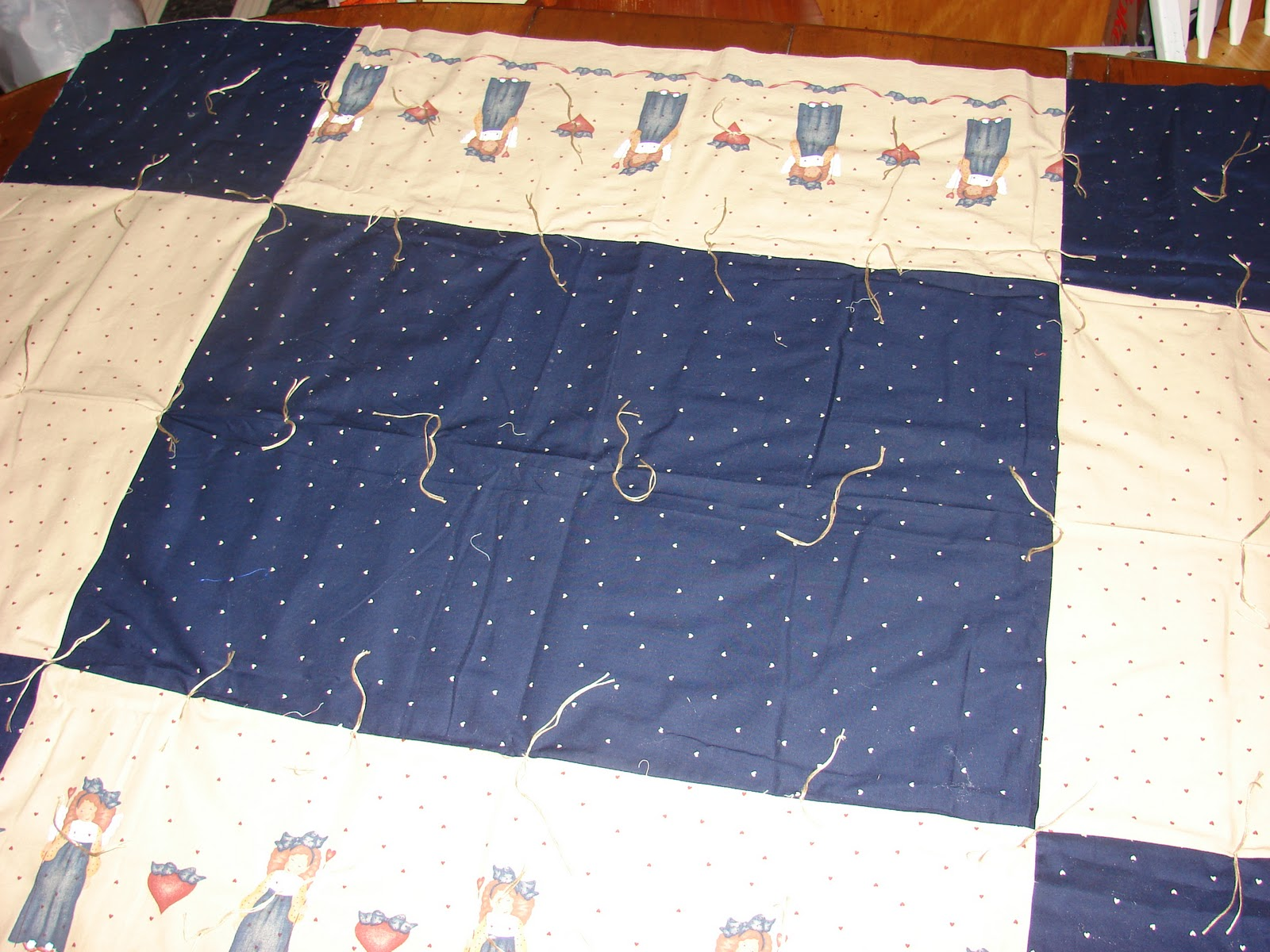 North Hills Quilter Vertical Quilt Tying Frame
