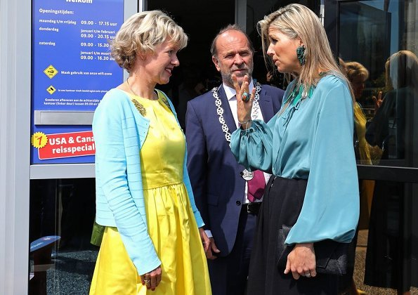 Queen Maxima visited Elske Doets Young Lady Business Academy in Heerhugowaard.and the Queen visited the Albeda College for Rotterdam-Zuid
