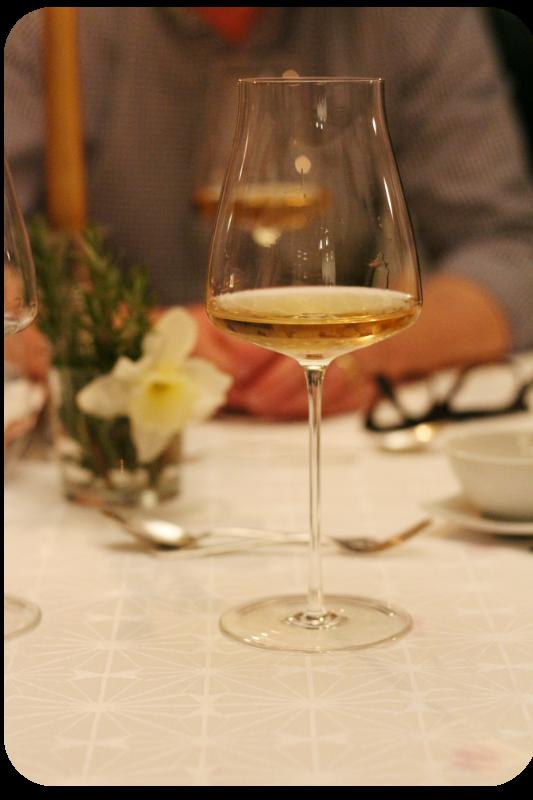 Gutzler Weissburgunder & Chardonnay im Glas | Arthurs Tochter Kocht von Astrid Paul