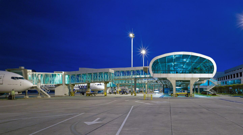 Aeroporto Santos Dummond Vaga para Recepcionista Bilingue