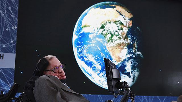 Stephen Hawking pronostica cuánto tiempo de vida en la Tierra nos queda