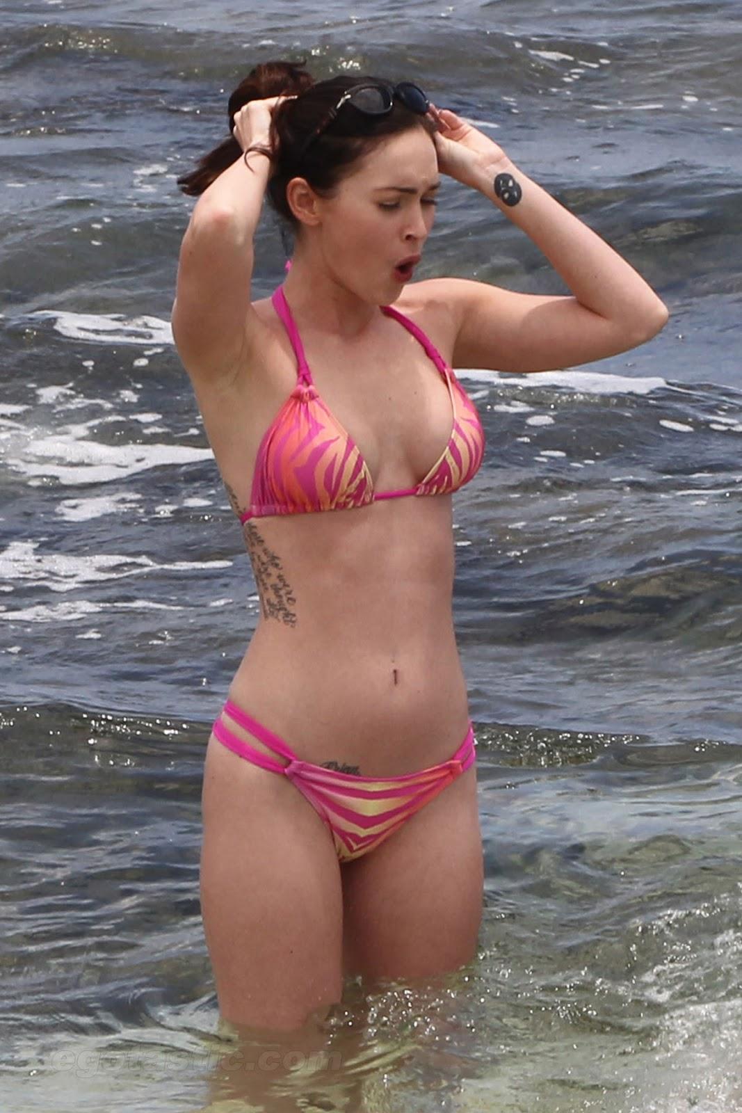bikini Gina bellman