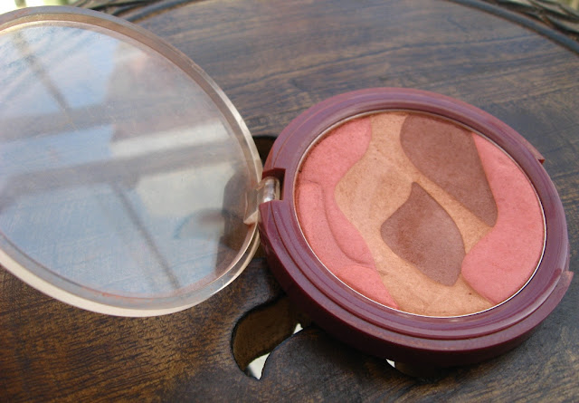 Lakme Earth Rose Blush Trio Review, Pictures & Swatches
