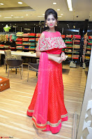 Naziya Khan bfabulous in Pink ghagra Choli at Splurge   Divalicious curtain raiser ~ Exclusive Celebrities Galleries 031.JPG