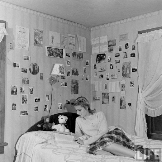 High School Teenagers Des Moines Iowa 1947 Vintage