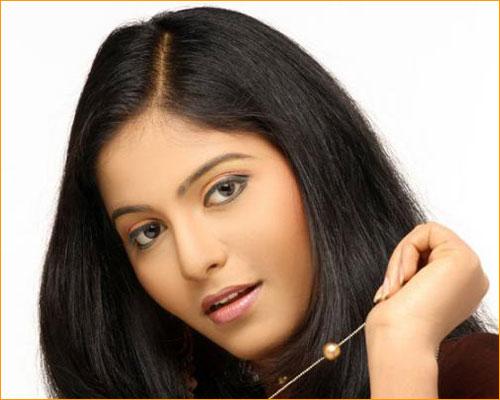Actor Anjali Photos: TAMIL CINEMA NEWS: Actress Anjali Photos