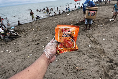 Oishi Prawn Crackers thrown at Larawan Beach, Talisay Cebu