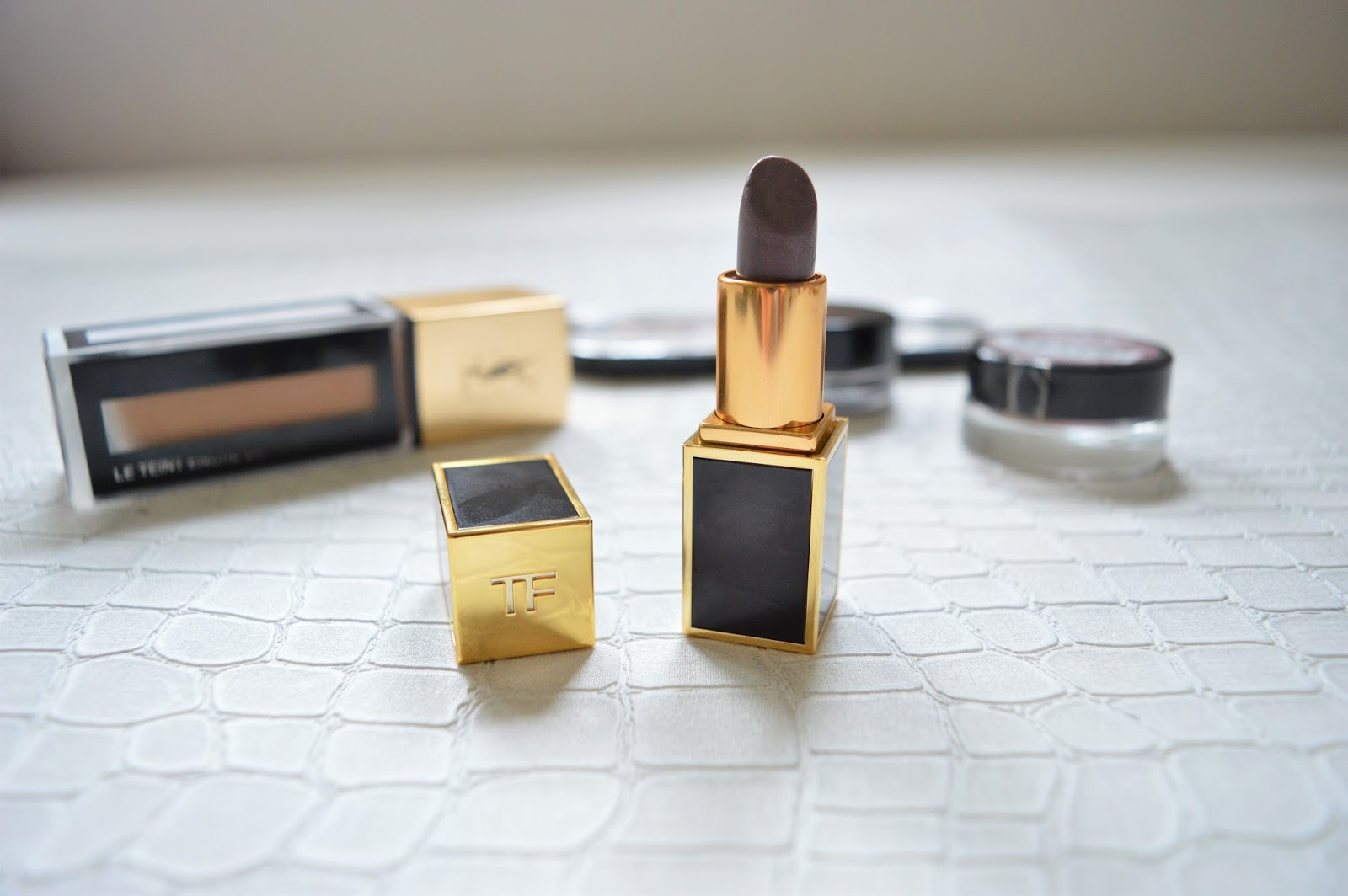 Beauty: Lilac Lipstick & The Golden Age of Makeup | Tom Ford Lipstick Review