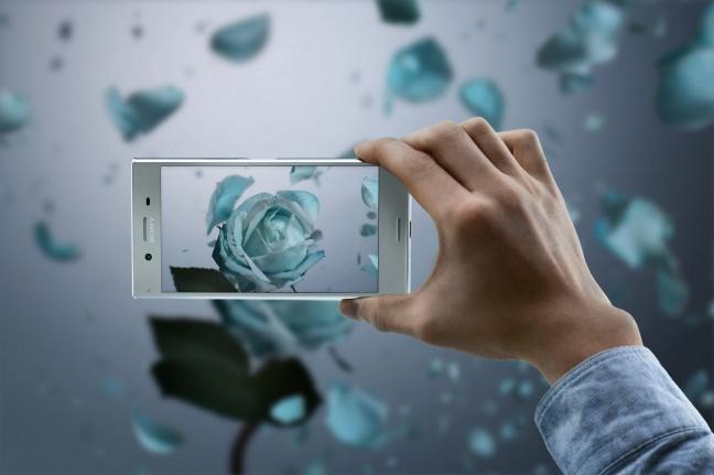Nuovo Sony-Xperia-XZ-Premium-4K