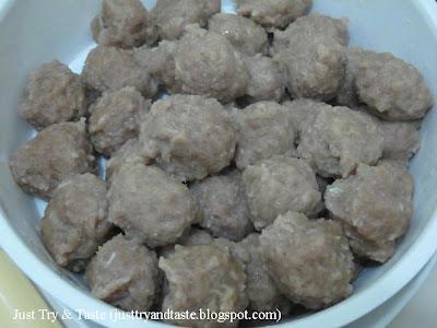 Resep Homemade Bakso Kuah Daging Sapi JTT