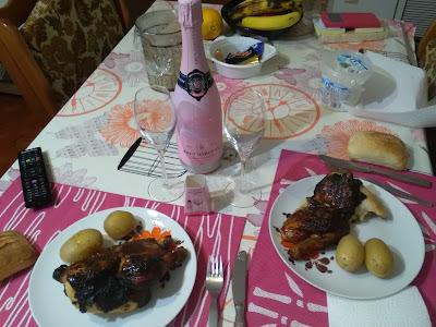 Brut d'Argent rosé , pollo de corral asado