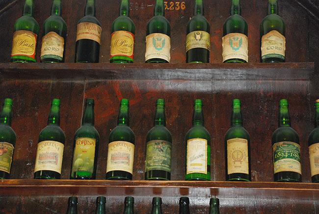 Coleccion de botellas sidra asturiana