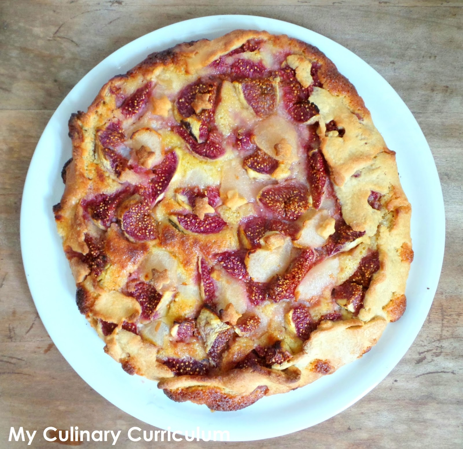 my culinary curriculum tarte rustique aux figues et aux poires la cr me d 39 amandes rustic pie. Black Bedroom Furniture Sets. Home Design Ideas