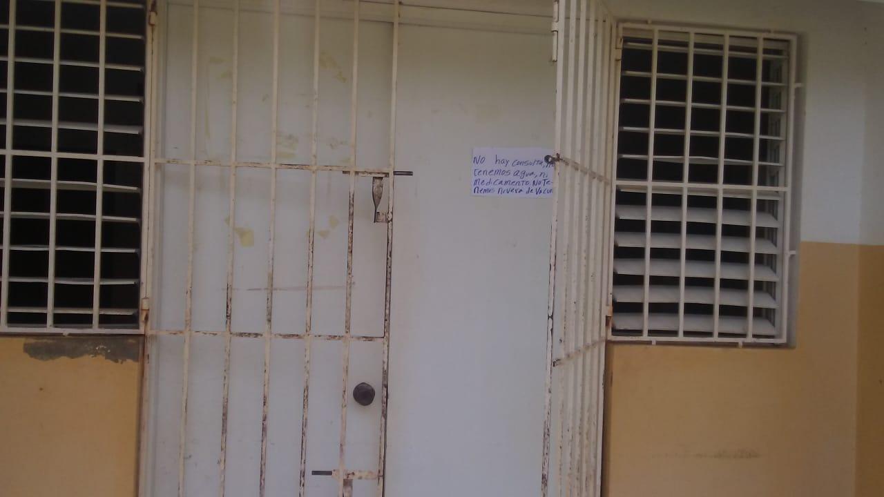 De último momentos - Suspenden consultas en La UNAP de La Guazara por falta de Medicamentos, Agua y nevera para la vacuna.