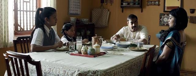 Keluarga Vijay saat di meja makan