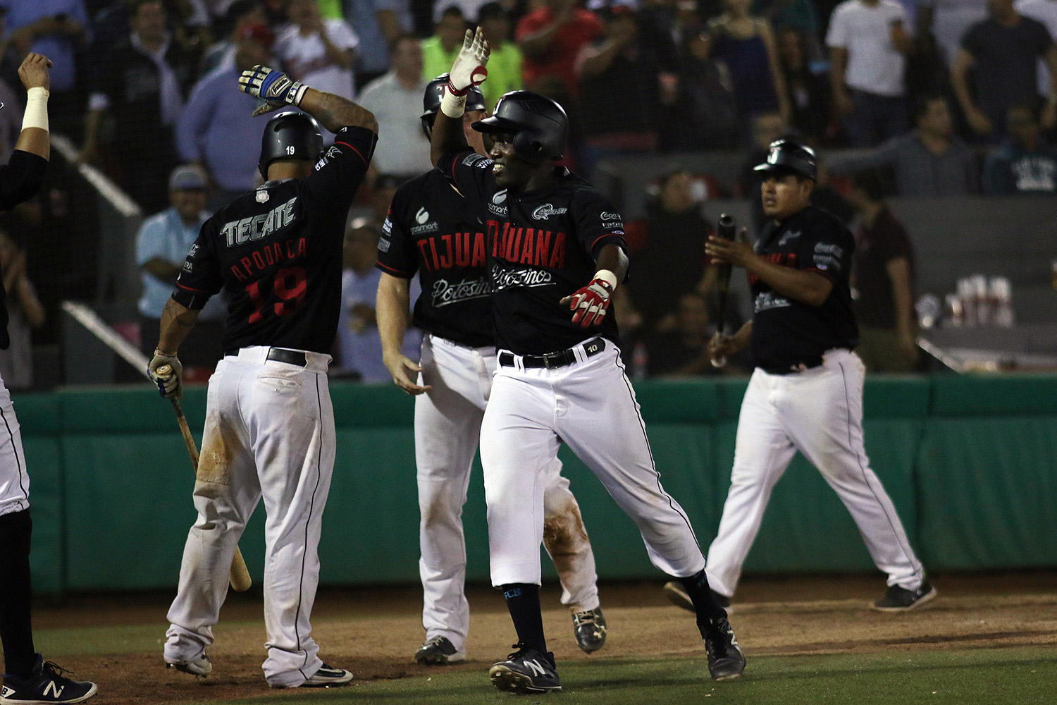 3fc7d9d248ca7 The Tijuana Toros knew they had an opportunity as difficult as it was  enormous when they traveled to Monterrey for a three-game midweek series  against the ...
