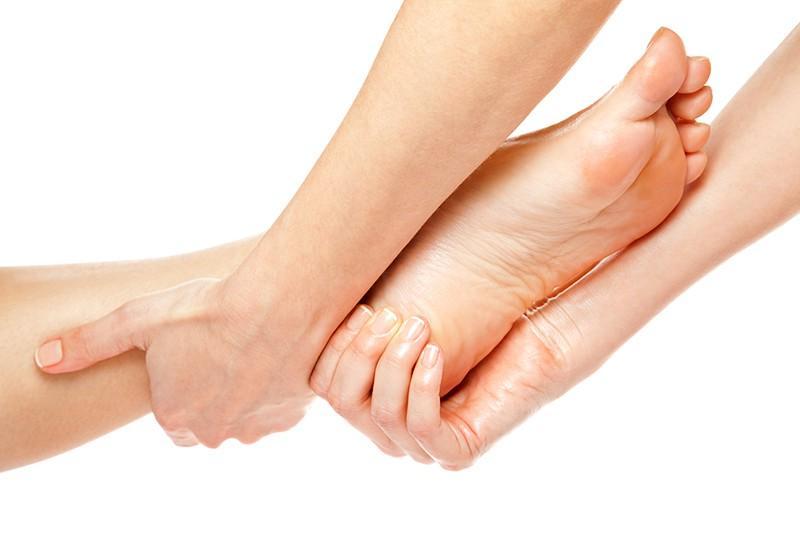 Học spa tphcm - hướng dẫn xoa bóp chân tại nhà