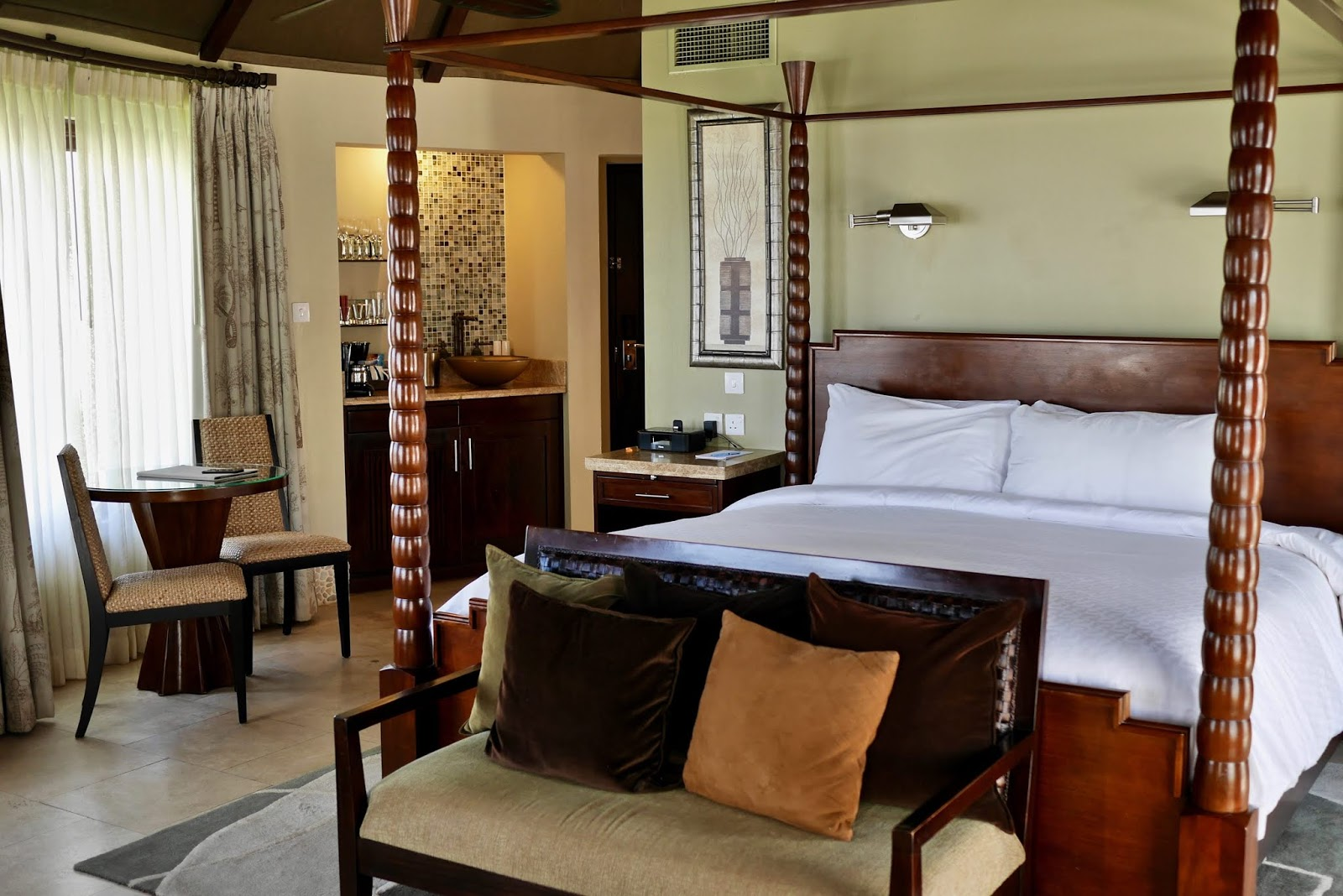Rondoval suite at Sandals Grande St Lucia, Sandals Grande St Lucia Review