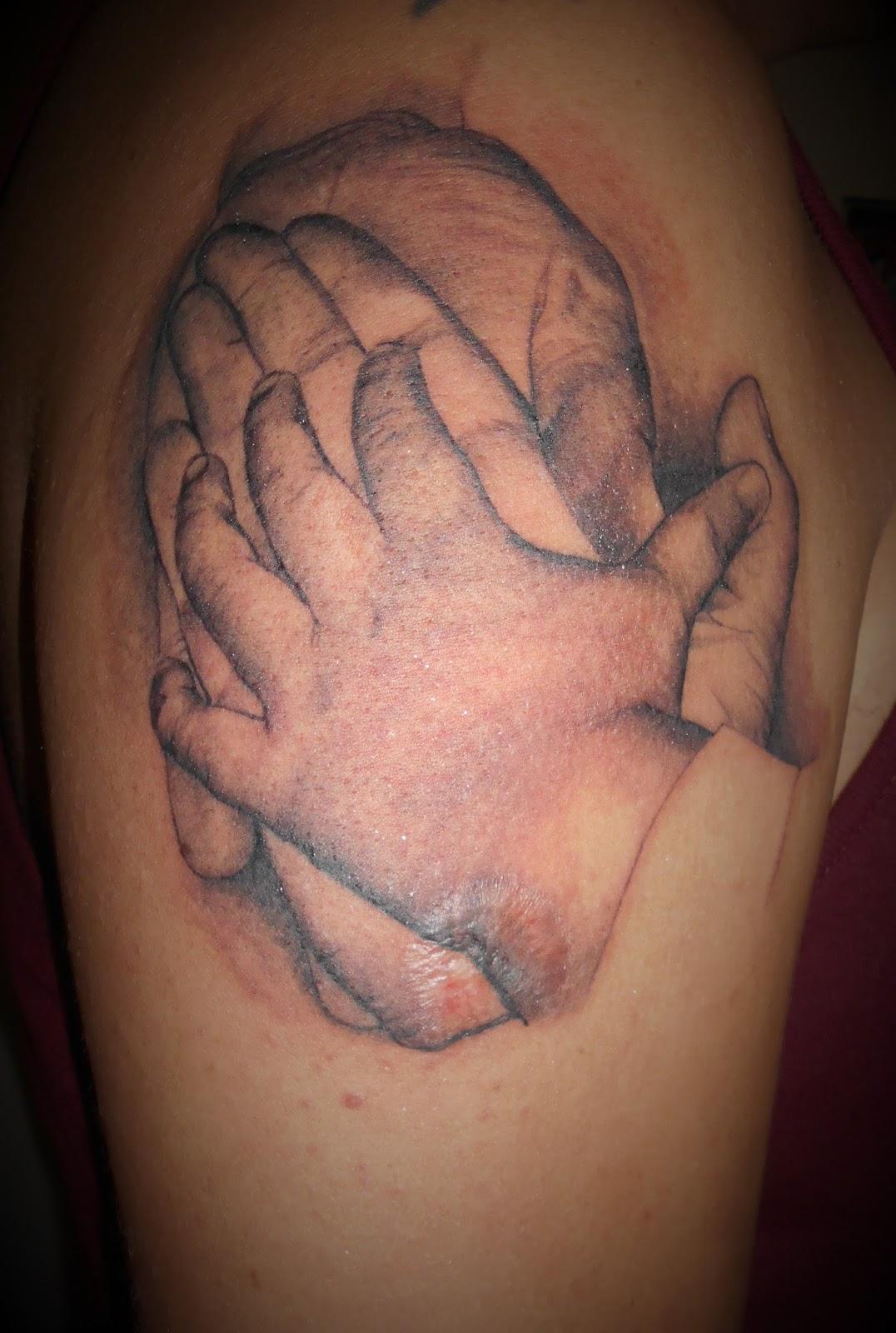 Tatuajes Lfa Tatuaje Manos Familia