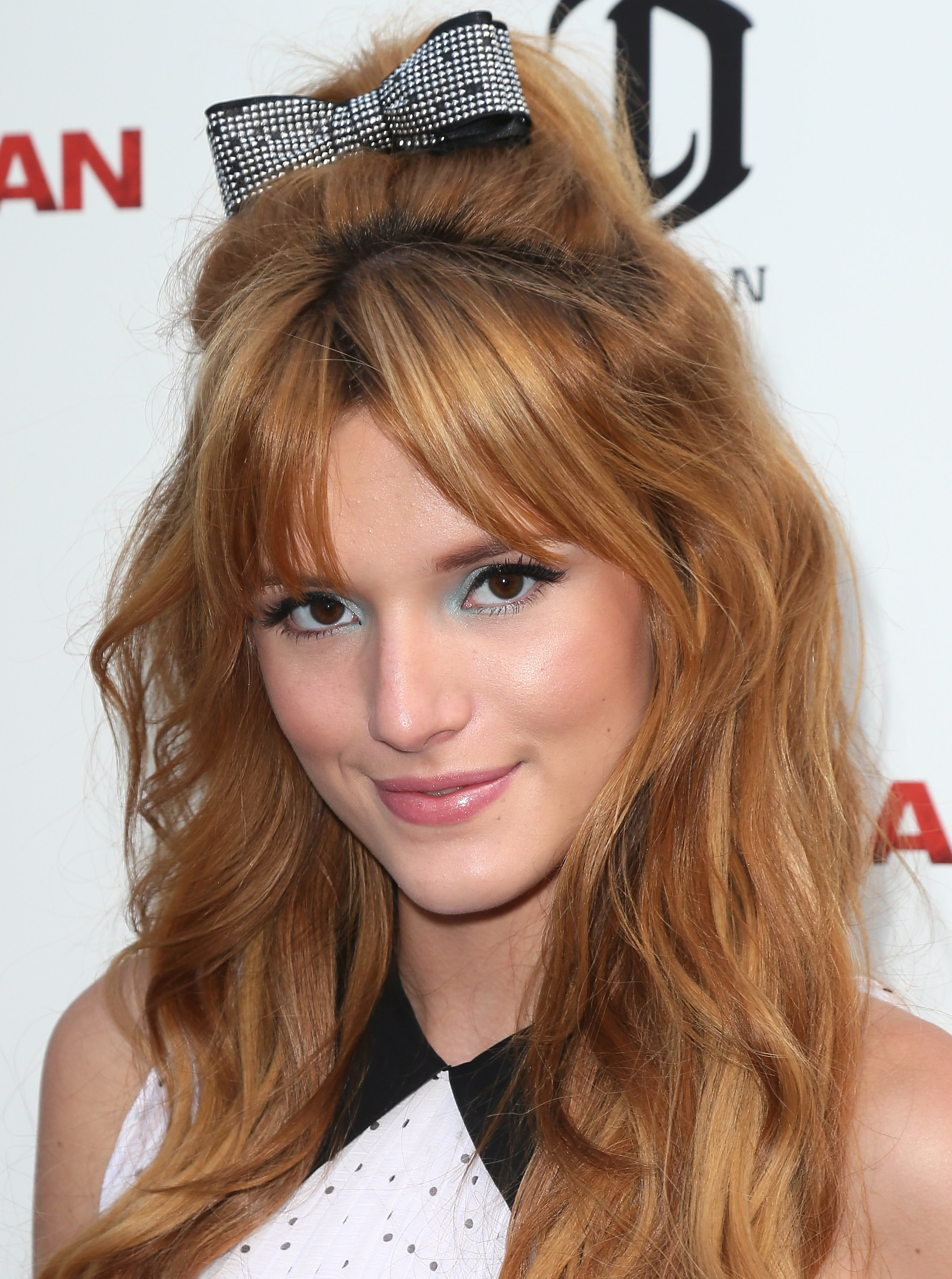 Bella Thorne pictures gallery (86) | Film Actresses