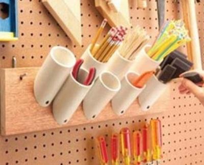 Rak alat tulis terbuat dari pipa PVC (paralon)