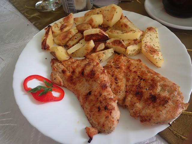 Rumuński kurczak + ziemniaki na jeden z czterech sposobów