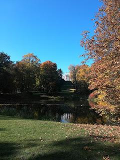 Łazienki Królewskie jesiennie