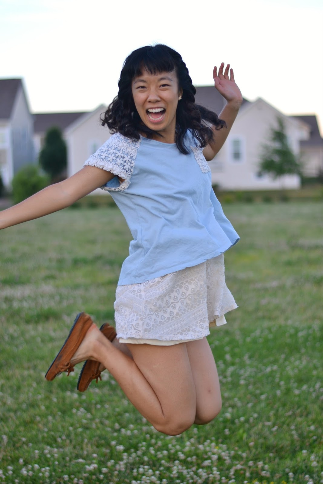 summer outfit, college fashion, jump shot