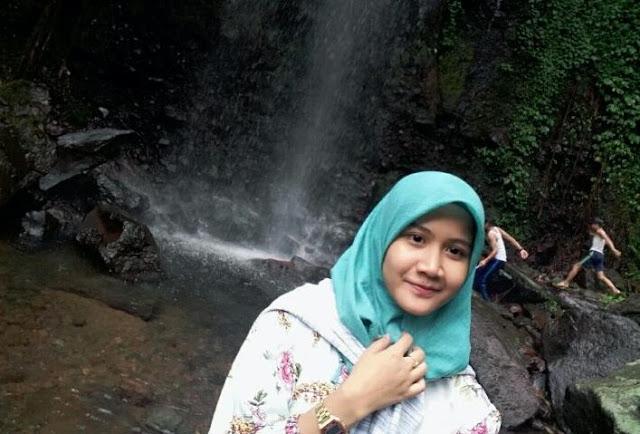 Curug Ciampea Dan Green Lagoon Di Bogor Yang Keren