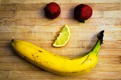 8. Strawberries aren't berries, but bananas are!