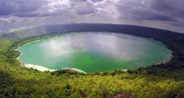 lonar-lake-sarover-crater-lake-photos, maharashtra, india, lonar, lonar crater lake, lake, crater, buldhana, lonar lake, unique, lonar crater, meteor, lonar lake mystery