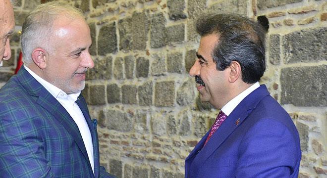 Diyarbakır Valisi Hasan Basri Güzeloğlu, Kızılay Genel Başkanı Kerem Kınık'ı kabul etti