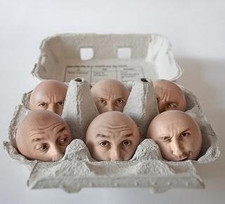 arte digital cabeza de huevo