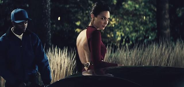 Gal Gadot (Diana Prince), în Batman V Superman: Dawn Of Justice