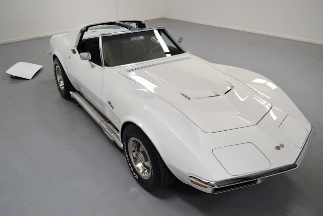 Chevrolet Corvette Stingray 1960s American classic sports car