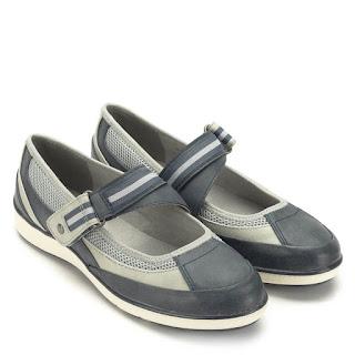 f61fabfceea2 Jana cipő