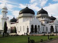 Masjid Raya Baiturrahman Aceh, Wisata Religi Bersejarah