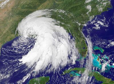 Onda tropical provocará lluvias y nubosidad en el país
