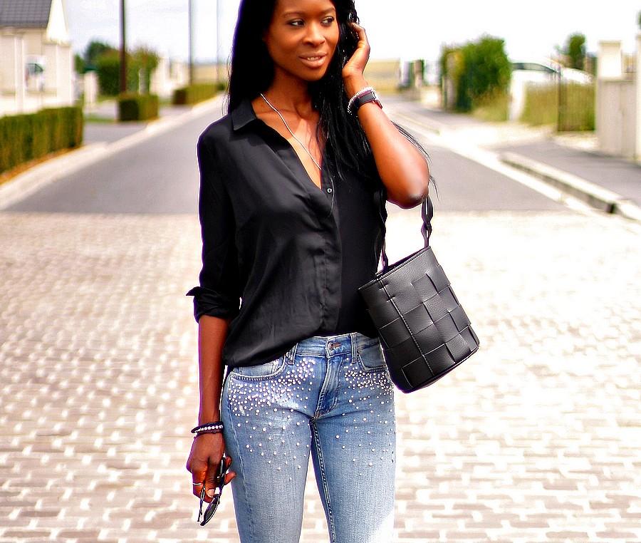 chemise-décolleté-jeans-perles-zara-blog-mode