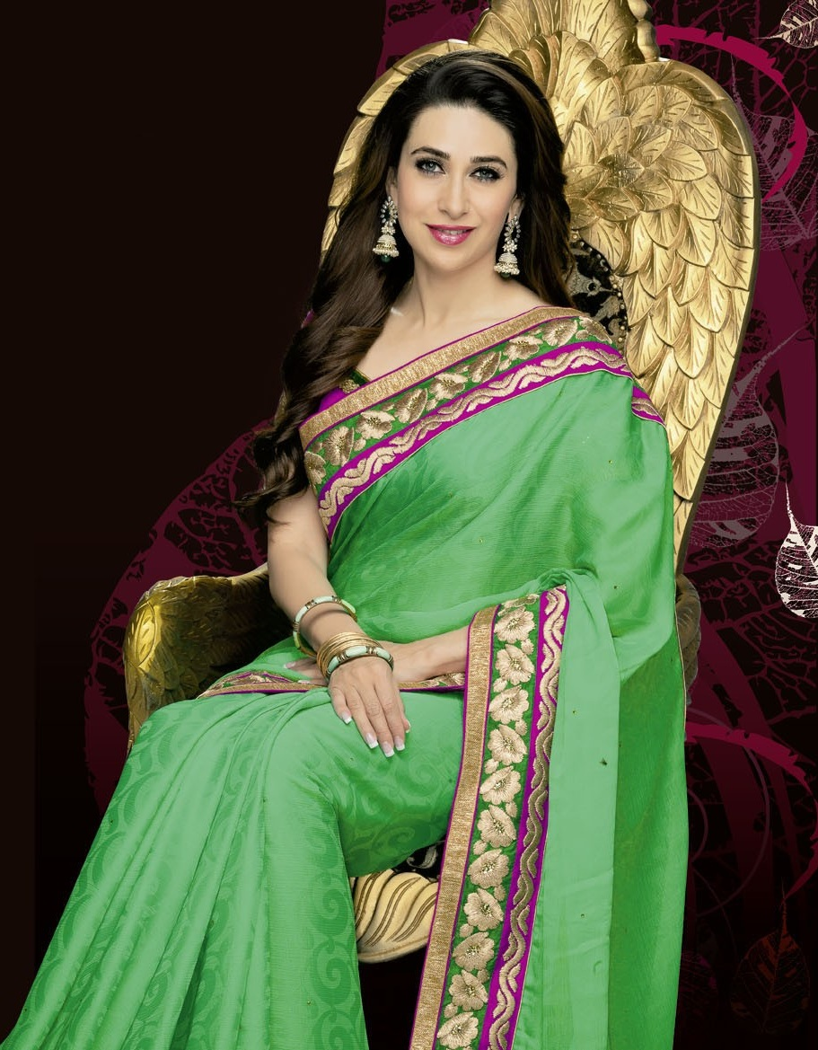 Wallpapers Download Cute Barbie Doll Karisma Kapoor New Wallpaper Beautiful Desktop Hd