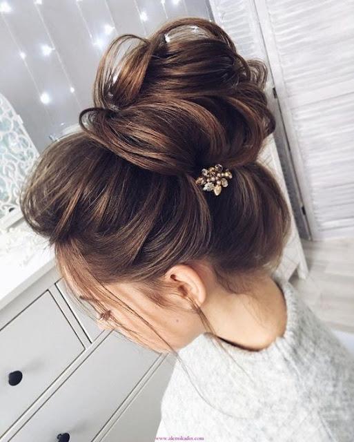 Se você está procurando por ideias de penteados para fazer sozinha, vai amar essa 10 opções incríveis para te deixar linda. Penteados para casamento, festas, eventos, formatura, bailes e outras ocasiões, que você mesma pode fazer.