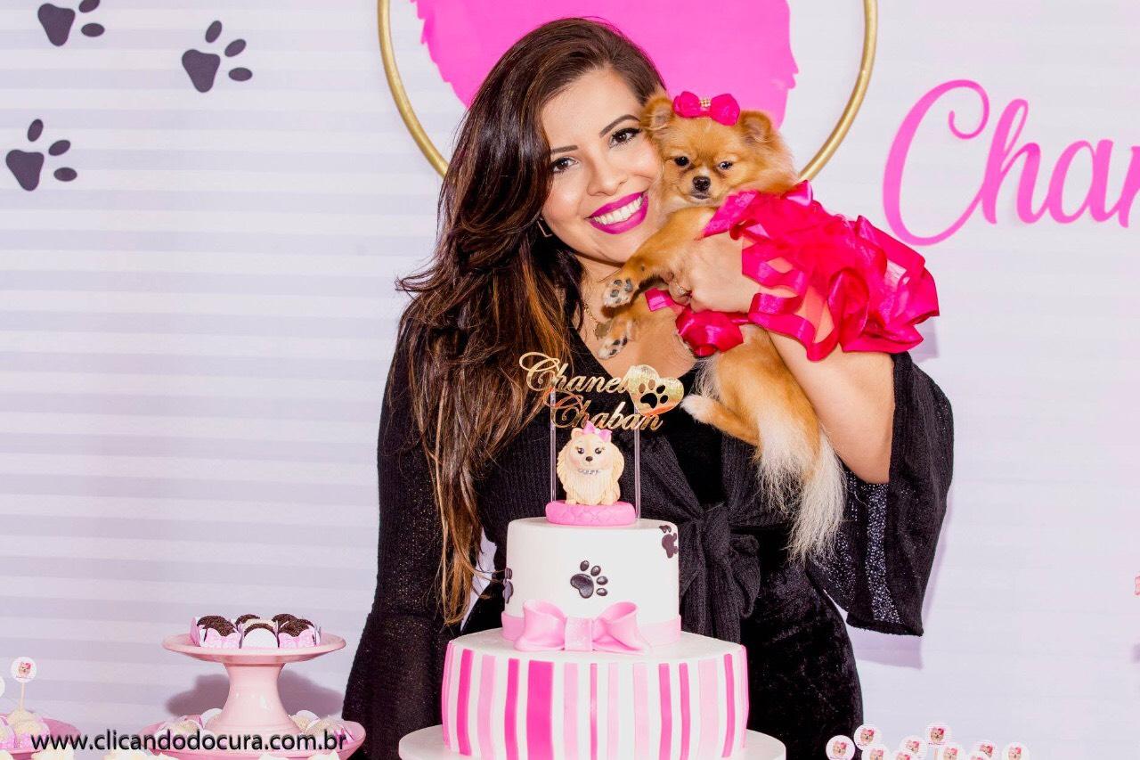 YouTuber comemora aniversário de sua cachorrinha com super festa na Barra da Tijuca