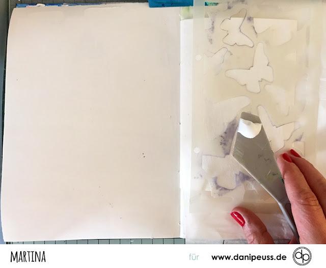 http://danipeuss.blogspot.com/2017/05/art-journal-seite-alles-gut-so-juni.html