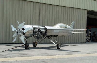 El sorprenent RP-4, un avió extravagant
