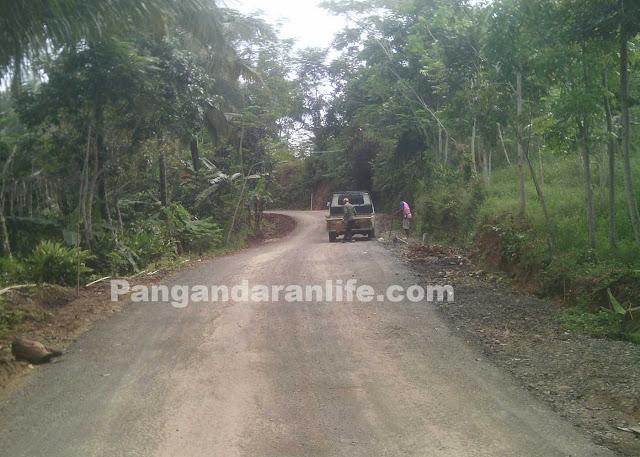 perbaikan jalan desa di kabupaten Pangandaran